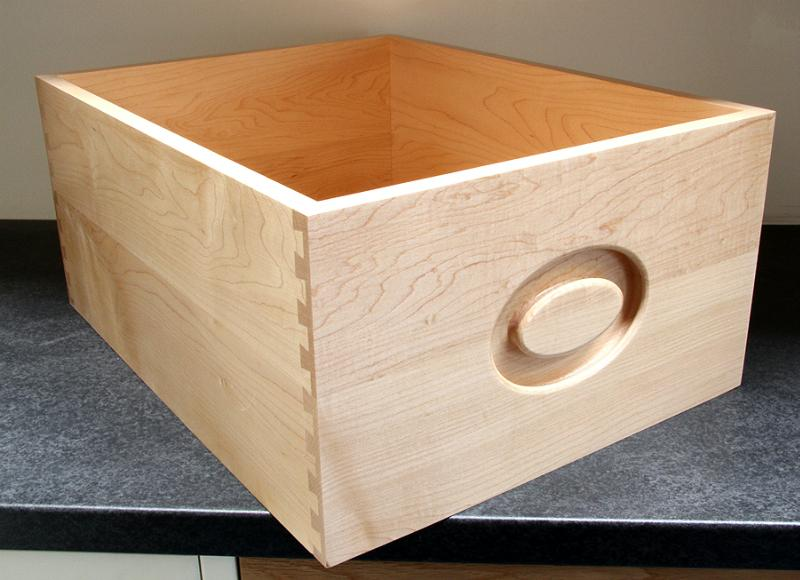 Bread Drawer with integrated handle